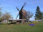PA311477.JPG Die Anderbecker Bockwindmühle wurde im Jahre 1864 erbaut und wird nach ihrem Verfall, seit 1991 schrittweise saniert. Die Mühlentechnik wird noch von einem voll funktionsfähigen Elektromotor von 1914 unterstützt.