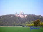 P4130288 Schloss Marienburg 1. Erbaut 1858 - 1867.Gehört der Familie des Ernst August von Hannover