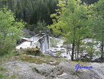 P1010062 Bergstool - Sägemühle Südnorwegen. Eine der vielen im Lande früher bestehenden Sägemühlen in denen Faßdauben (z.B. für Heringsfässer) produziert wurden. Die Sägemühle ist noch in betriebsbereitem Zustand.
