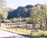 DS 12a-3-2000 Brückenbau auf Norwegisch - Austerdalen-Sira / Norwegen, Vest - Agder Brücke ganz aus Steinblöcken und Platten ohne Mörtel etc. zusammengesetzt - Bauzeit ca. 18. Jahrhundert