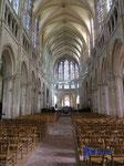P4170260 in der  Kirche Saint Pierre in Chartres-Frankreich