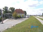 """P9130007  Am """"Zollenspieker Fährhaus"""" an der Elbe  auf Vierlanden - Biker-Treffpunkt"""