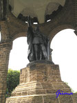 P5310418   Statue im  Kaiser Wilhelm-Denkmal am Osthang des Wittekindsberges, Figur ist 7 Meter hoh