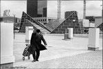 """La Défense - Ouverture du Centre commercial """"Les Quatre Temps""""- Paris - 1981"""