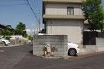 神吉公会堂付近の道標