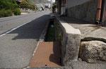 東海道の東を見る、西面