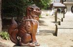 靱負神社、備前焼の狛犬
