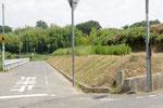 神野小学校北の道標