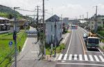 高砂市魚橋西交差点(歩道橋より東を望む)
