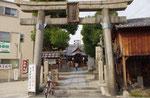野江水神社、東正面から