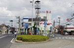 加古川市平津交差点(右が山陽道)