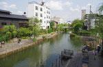 京橋から東を望む