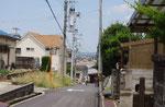 清水神社前より高御位山を望む