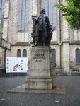 Stadtrundgang: Bachdenkmal