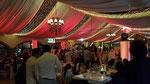 Inicio de la celebración con cambios de luces por parte del dj para boda.