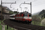 """Re 4/4, 11108, """"Swiss-Express"""", Wassen (11.05.2013) ©pannerrail.com"""