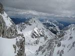 Im Osten zeigt sich die Vertatscha (2180m)