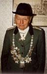 1922 Franz Mausbach Das Bild entstand 1983 mit der gerade aus der ehemaligen DDR zurückgekehrten Königskette