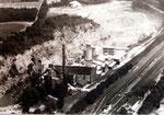 Blick auf die  Zementfabrik Burania