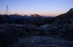 Erstes Morgenlicht an der Bülelejochhütte, Sextener Dolomiten © Rosenwirth