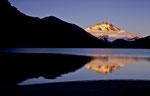 Sonnenaufgang an der Laguna Illon mit dem Monte Tronador © Rosenwirth