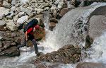 Bachquerung am Wildlahnerbach, Zillertaler Alpen © Rosenwirth