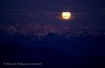 Mondaufgang über dem Rosengarten von der Malga Tasullo, Brentagruppe © Rosenwirth