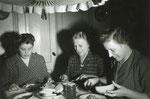Aafke Wiersma, Grietje Wiersma-de Vries & Jannie Wiersma 16-01-1955