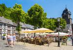 Monschau - Markt im Sommer