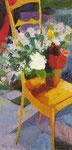 Interno con fiori e sedia