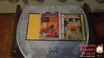 A esquerda uma edição do Street Fighter o Filme do Jean Claude Van Damme e a direita começa a saga do Street Fighter Zero/Alpha