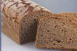 Roggenbrot (100% Roggenvollkornmehl) - unser Klassiker mit Sauerteig!