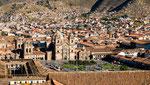 ...Plaza de las Armas und Kathedrale