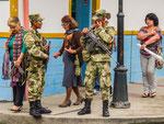 ....Militär ist in Kolumbien hoch angesehen.....