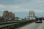 Eisenbahn- u. Strassenbrücke über den Mississippi