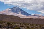 ...bei den Hunderten von Vulkanen verliert man den Überblick.