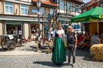 ...Flämingkönigin Sachsen-Anhalts mit Reisekönigin Rita...