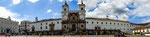 Vorderansicht des unglaublich großen Klosters der Franziskaner.....