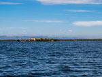 """...nach 1.5 Stunden erreichten wir die """"schwimmenden Inseln""""..."""