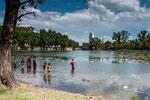 ...der Jesuitensee neben der Estancia - heute fischt die Jugend nach Forellen...