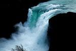 ...und dadurch gehen enorme Mengen durch den Wasserfall.