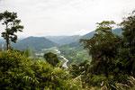 Die Strecke durch die Ostkordilleren beginnt tropisch....