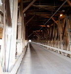 berühmte überdachte Brücke bei Hartland