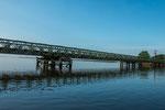 ...diese Brücke in das Sumpfgebiet wurde erst in den 1970er Jahren gebaut.
