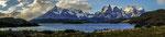 ...Lago Pehoe vor dem Paine Massiv...