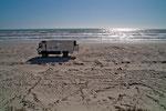 Unser Übernachtungsplatz direkt auf dem Sand