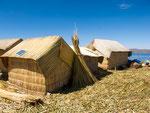 ...auch die Hütten sind aus Schilf...