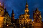 ...Hofkirche (Kathedrale)...