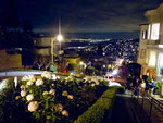 """Lombard Street die """"krummste Strasse der Welt"""" mit 40% Steigung"""