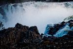 gewaltige Wassermassen stürzen 23 m tief